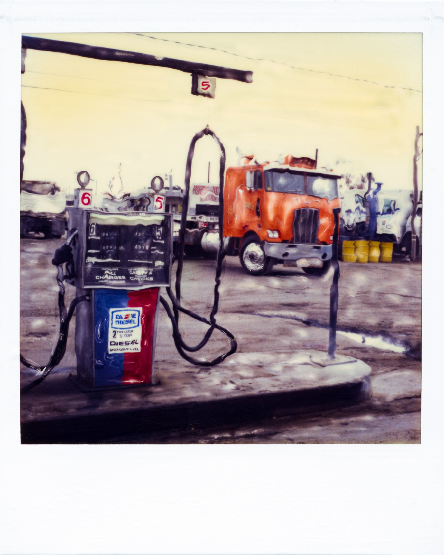 49_RKELLY_sx-70_Semi_2430.JPG